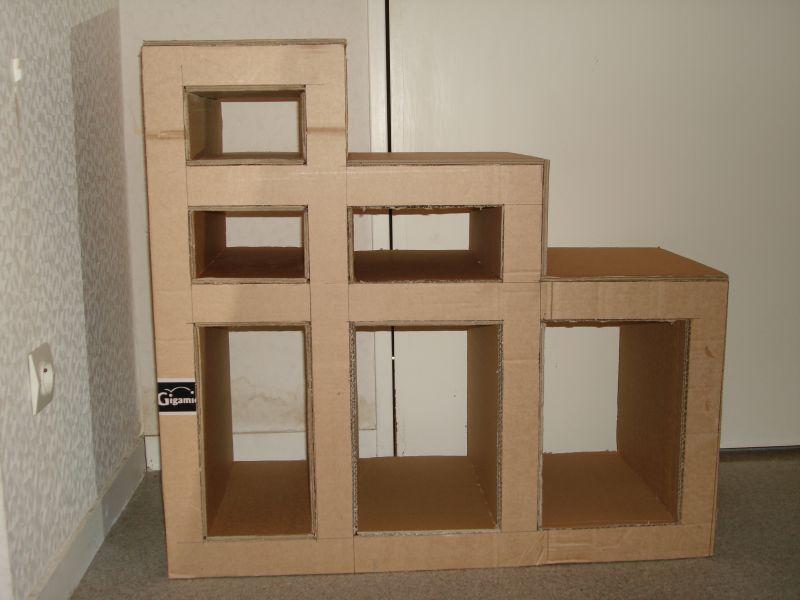 Meuble carton escalier en cours at les cr ations d 39 onyx - Meuble en forme d escalier ...